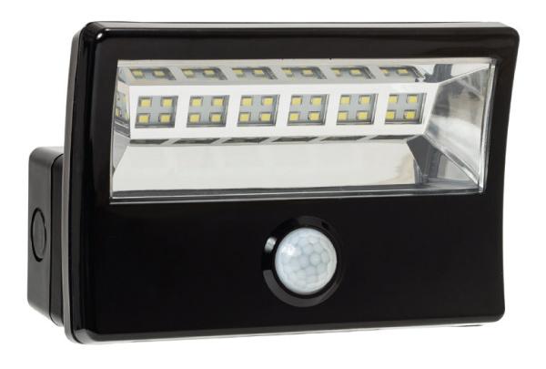 LED Floodlight with PIR